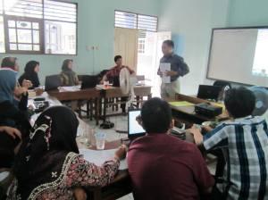 Coach manajemen di Al-Ikhlas (6)